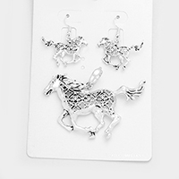 Filigree Horse Cross Pendant Set