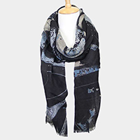 Abstract Waves Print Oblong Scarf