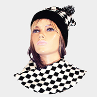 Houndstooth Check Pom Pom Hat Scarf Set