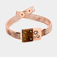 Hope Wood Cut out Flower Leather Snap Button Bracelet