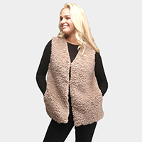 Solid Faux Fur Short Side Pockets Hook Closure Vest