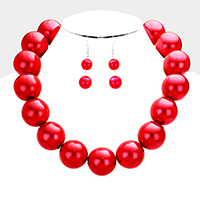 Chunky Pearl Collar Bib Necklace