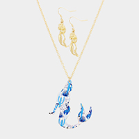 Patterned Mermaid Pendant Necklace
