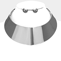 Metal Armor Collar Necklace