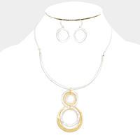 Linked Metal Hoop Necklace