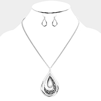 Antique Embossed Double Metal Teardrop Hoop Necklace