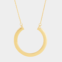 Metal Round Shaped Hoop Pendant Long Necklace