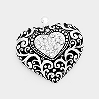 Stone Embossed Antique Heart Magnetic Pendant