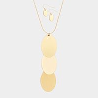 Triple Metal Oval Disc Link Pendant Necklace