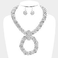 Twisted Metal Collar Link Hoop Necklace