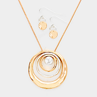 Multi Layered Metal Hoop Pendant Necklace