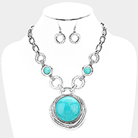 Round Stone Accented Metal Hoop Link Necklace