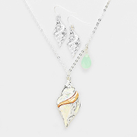 Conch Teardrop Charms Pendant Necklace