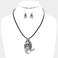Cord Metal Mermaid Pendant Necklace