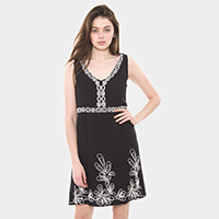 Embroidery Leaf Pattern V Neck Dress