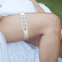 Pave Crystal Rhinestone Leaf Lace Stretch Wedding Garter