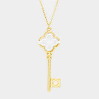 Metal Quatrefoil Clover Key Pendant Long Necklace