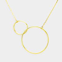 Gold Dipped Metal Hoop Link Pendant Necklace