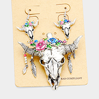 Floral Detail Steer Head Magnetic Pendant Set