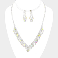 Pearl Rhinestone Pave Crystal Teardrop Detail Necklace