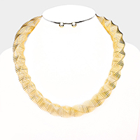 Twisted Metal Collar Necklace