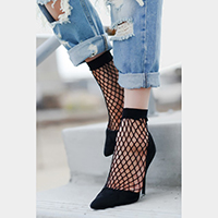Low Cut Fishnet Socks