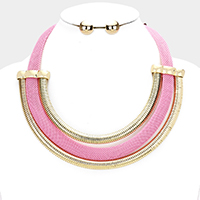 Colored Mesh Metal Curved Metal Snake Chain Bib Necklace