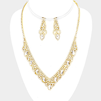 Rhinestone Pave Crystal Oval Detail Necklace