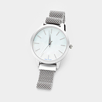 Round Dial Stainless Steel Strap Watch