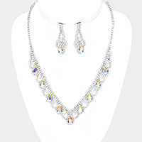 Draped Pearl Crystal Teardrop Detail V Necklace