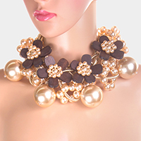 Wooden Flower Pearl Choker Necklace