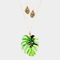 Tropical Leaf Freshwater Pearl Charm Pendant Long Necklace