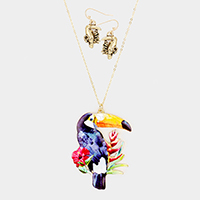 Parrot Freshwater Pearl Charm Pendant Long Necklace