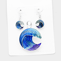 Enamel Wave Magnetic Pendant Set