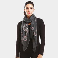 Yarn Paisley Embroidery Oblong Scarf