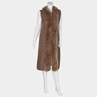 Pockets in Front Faux Fur Collar Detail Long Vest