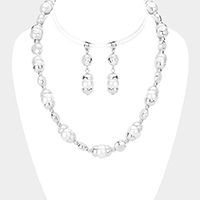 Pearl Accented Metal Link Collar Necklace