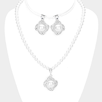 Pearl Centered Rhinestone Pave Flower Pendant Necklace