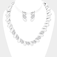 Oblique Rhinestone Pave Teardrop Detail Collar Necklace