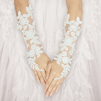 Pearl Floral Lace Fingerless Wedding Gloves
