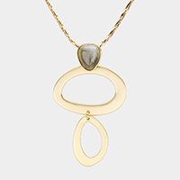 Cut Out Oval Metal Natural Stone Pendant Necklace