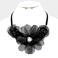 Floral Mesh Pearl Beaded Collar Necklace