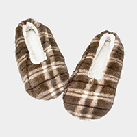 Plaid Puffy Indoor Slippers