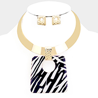 Enamel Animal Print Rectangle Pendant Choker Necklace