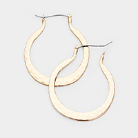 Hammered Metal Cut Out Round Pin Catch Earrings