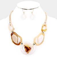 Abstract Round Celluloid Acetate Link Cord Necklace