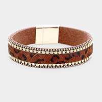 Crystal Pave Animal Texture Leather Magnetic Bracelet