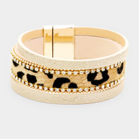 3Row Strand Shimmery Animal Texture Leather Magnetic Bracelet