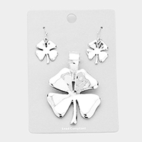 Metal Clover Magnetic Pendant Set