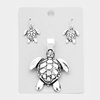Metal Turtle Magnetic Pendant Set
